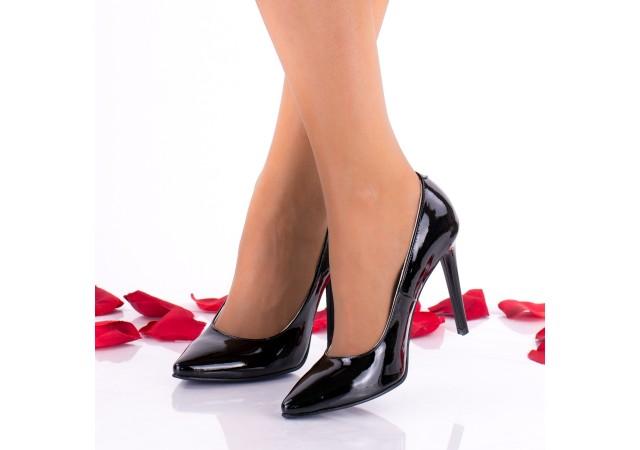 Pantofi stiletto dama negri, din piele naturala lacuita, toc 9cm - NAA30