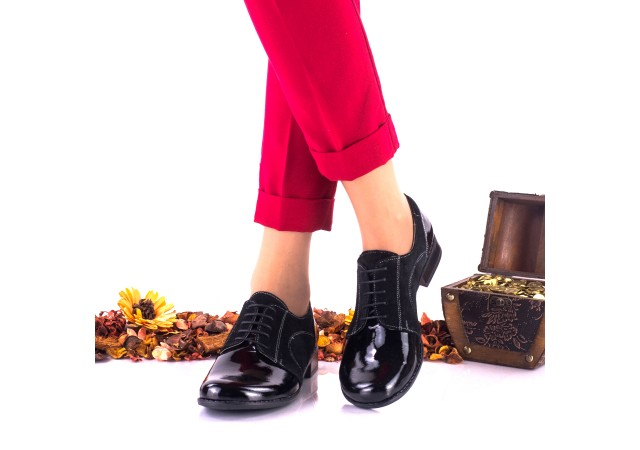 Oferta marimea 36  - Pantofi dama, model casual, din piele naturala  intoarsa si piele lacuita -  LNA150NSL