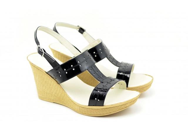 Sandale dama negre din piele naturala, cu platforme de 7 cm S46N2LAC