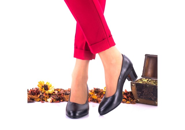 Pantofi dama din piele naturala, negri toc 5cm - NAA32