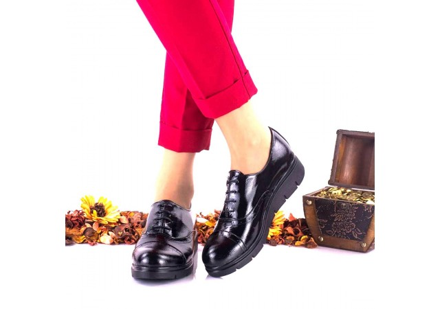 Pantofi dama negri, din piele naturala lacuita - NA268C