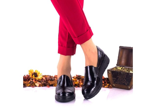 Pantofi dama negri, casual din piele naturala lacuita NA270B