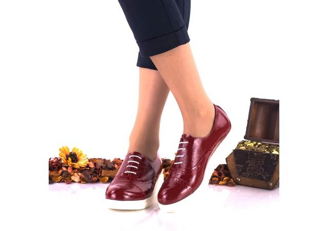 Pantofi dama rosii, din piele naturala lacuita cu siret - NA268D