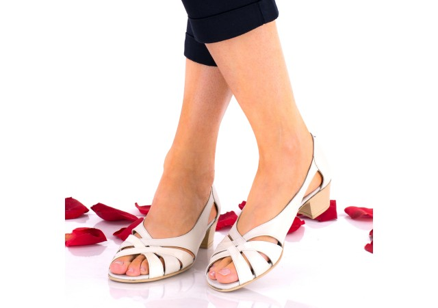 Sandale dama crem din piele naturala si piele naturala lacuita - NA227C