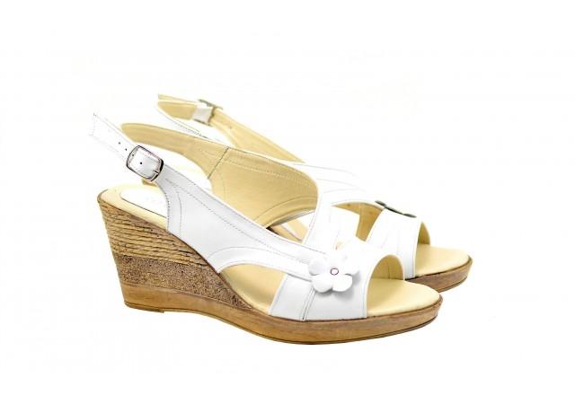 Oferta sandale dama cu platforma din piele naturala LS10XA