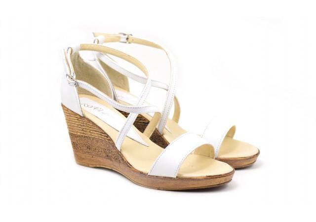 Sandale dama din piele naturala bej - Made in Romania S7A2