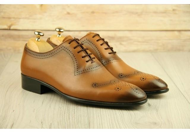 Oferta marimea 44 Pantofi barbati eleganti din piele naturala maro coniac DL1334