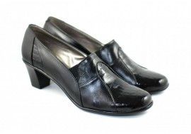 Pantofi dama decupati, din piele naturala - PHP37NEGRULACBOX