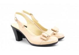 Pantofi dama decupati din piele naturala, toc de 7cm si varf lacuit - S1002BEJ