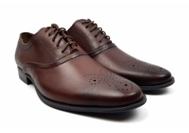 Pantofi barbati eleganti din piele naturala maro cu siret - 585M