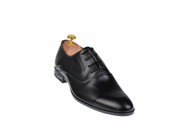 Pantofi barbati eleganti din piele naturala de culoare neagra PNOU371N