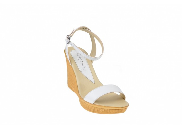 Oferta marimea 38 -  Sandale dama, din piele naturala, platforma de 9 cm,  Made in Romania - LS107A