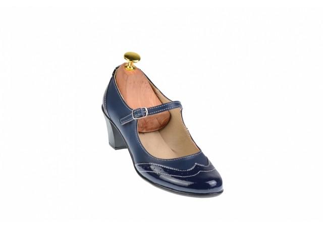 Oferta marimea 35 - Pantofi dama, eleganti, din piele naturala in combinatie cu piele lac, culoare bleumarin - LP104BLBL
