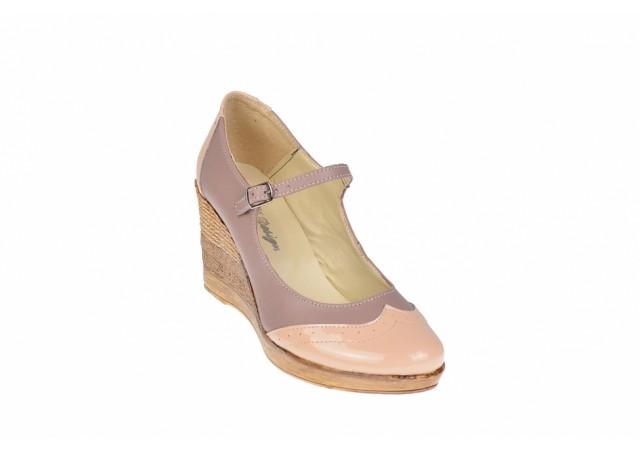 Oferta marimea 36, 37 - Pantofi dama, casual, din piele naturala in combinatie cu piele lac, bej - LP104BEJBEJ