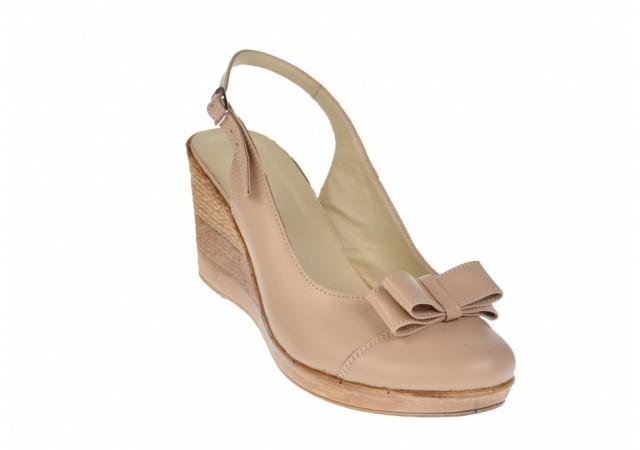 Pantofi dama bej din piele naturala, cu platforme de 7cm S100BEJ