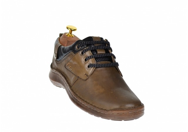 Oferta marimea 39 Pantofi barbati eleganti din piele naturala LVIC2340
